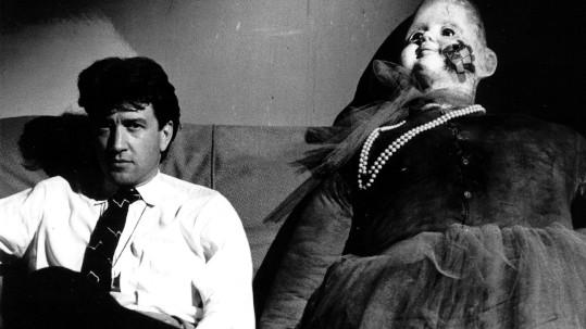 David Lynch on the set of Blue Velvet, 1985 (photo by Peter Braatz)