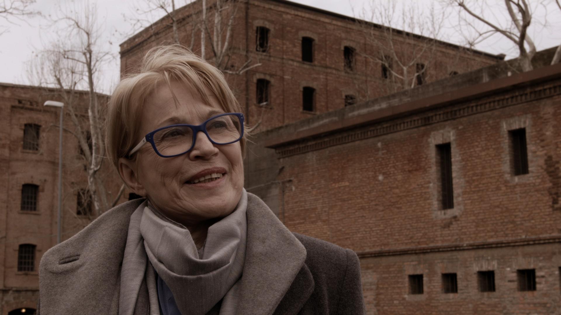 Bogomila Kravos, slavistka in teatrologinja (nastopajoča v filmu)