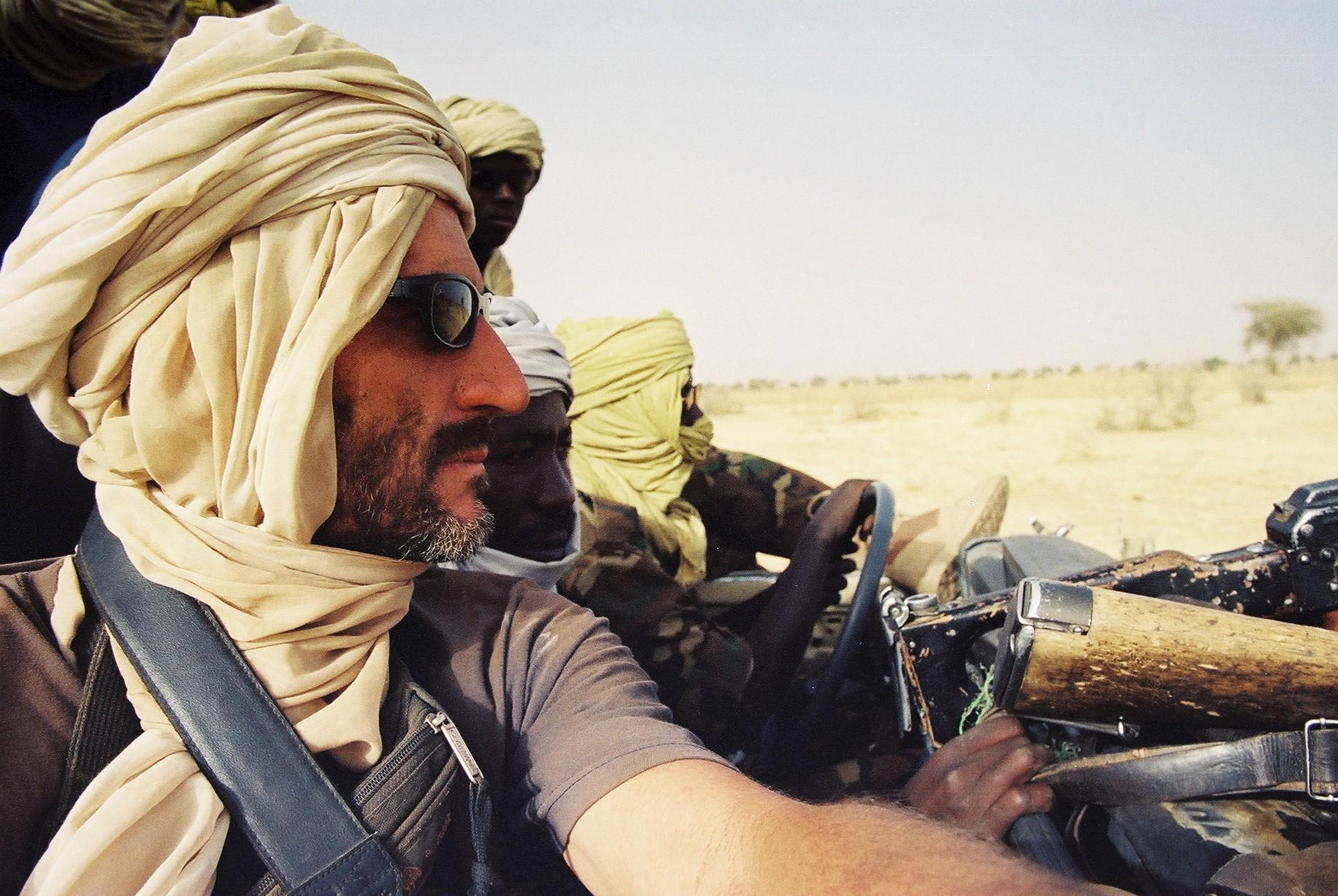 autor med voznjo z uporniki